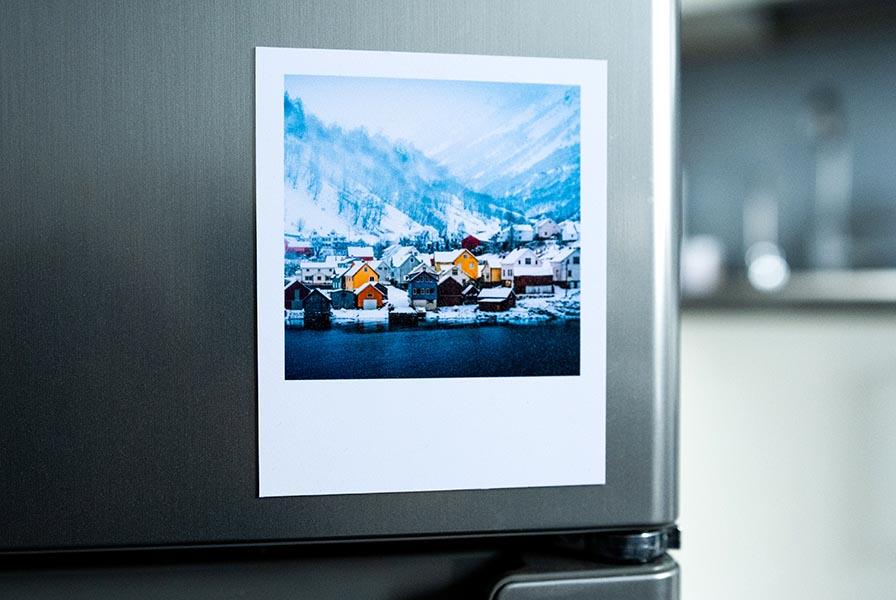 друк фото на магнітах Polaroid